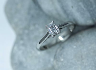 small diamond and platinum ring bspoke from Guy Wakeling Jewellery