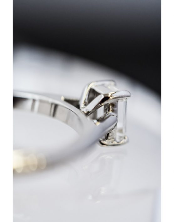 Flawless Collection, Flawless Diamond Collection, Emerald Cut Diamond, Emerald Cut Diamond Solitaire Ring, Emerald Cut Diamond and Platinum Ring, Platinum Diamond Ring, Platinum Diamond Solitaire Ring