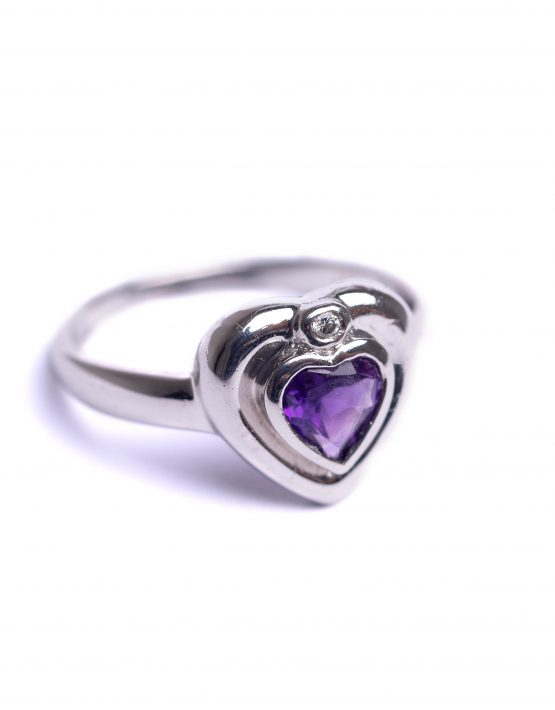 18ct White Gold, Diamond, Amethyst, Heart Ring, Amethyst Heart Ring, Diamond Amethyst Heart Ring