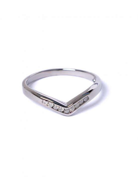 9ct white gold diamond wishbone ring, diamond v shaped ring, diamond eternity ring, 9ct white gold eternity ring