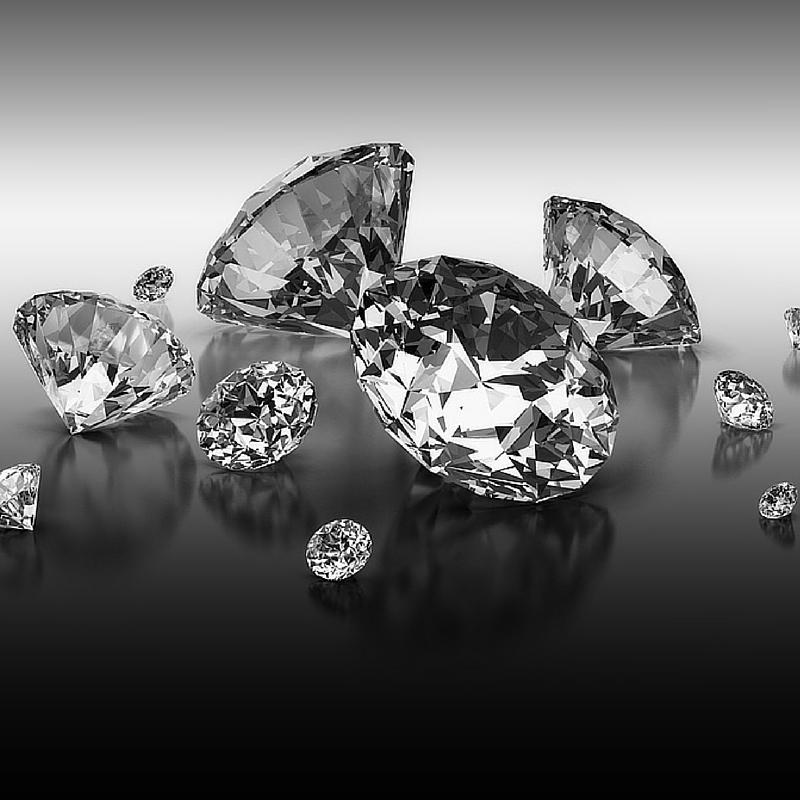 Diamonds and diamond clarity
