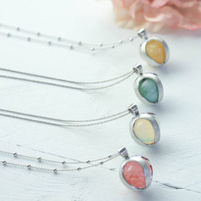sparkling jewels necklaces