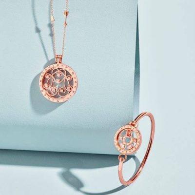 matching Nikki Lissoni jewellery